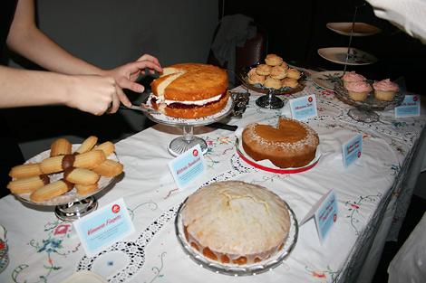 Tea_shoppe_cakes.jpg